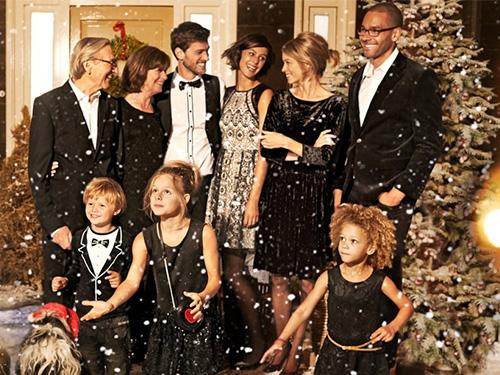 Crăciunul este mai frumos împreună!